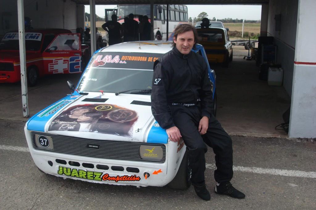 Auto carrera aguiña team 202